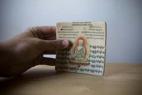 Incensario con imagen de Buda